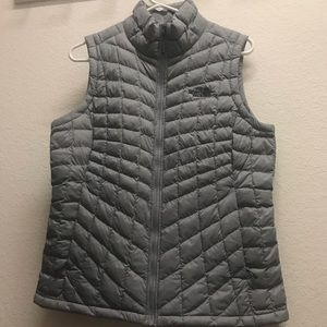 North face thermoball women's vest